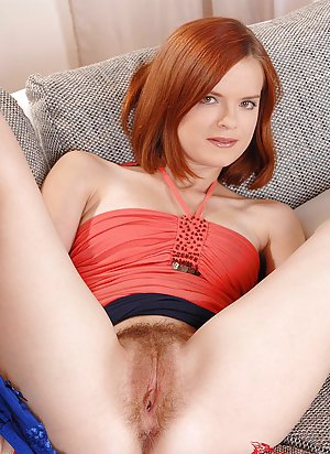 Hairy Young Pussy Pics