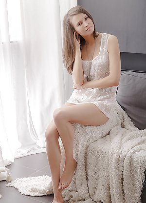 Sexy Skirt Pics