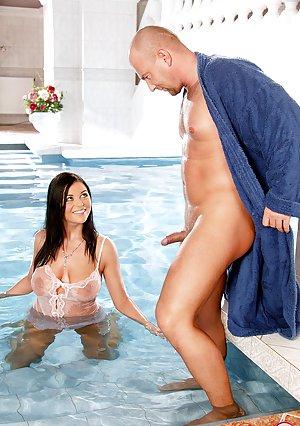 Pool Sex Pics