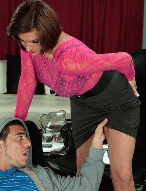 Teen Seduction Pics