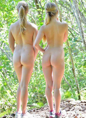 Young Pussy Outdoor Pics