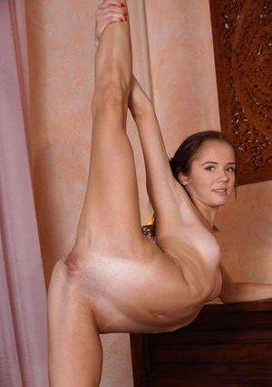 Flexible Pussy Pics
