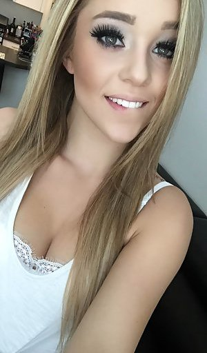 Blonde Young Girl Pics