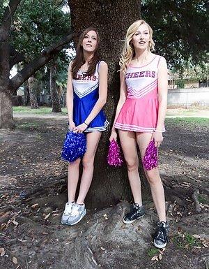 Young Cheerleader Pics