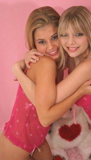Young Lesbian Humping Pics